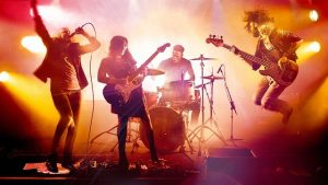 thị trường âm nhạc sôi động tại Việt Nam