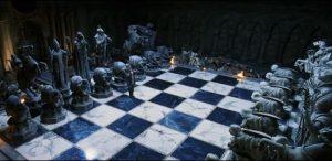 Ron giúp Hermione và Harry Potter chiến thắng trong ván cờ phùy thủy