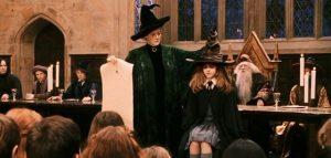 chiếc mũ phân loại phù thủy trong harry potter