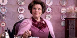 bà  Dolores Umbridge